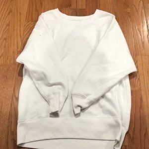 Aerie pull over
